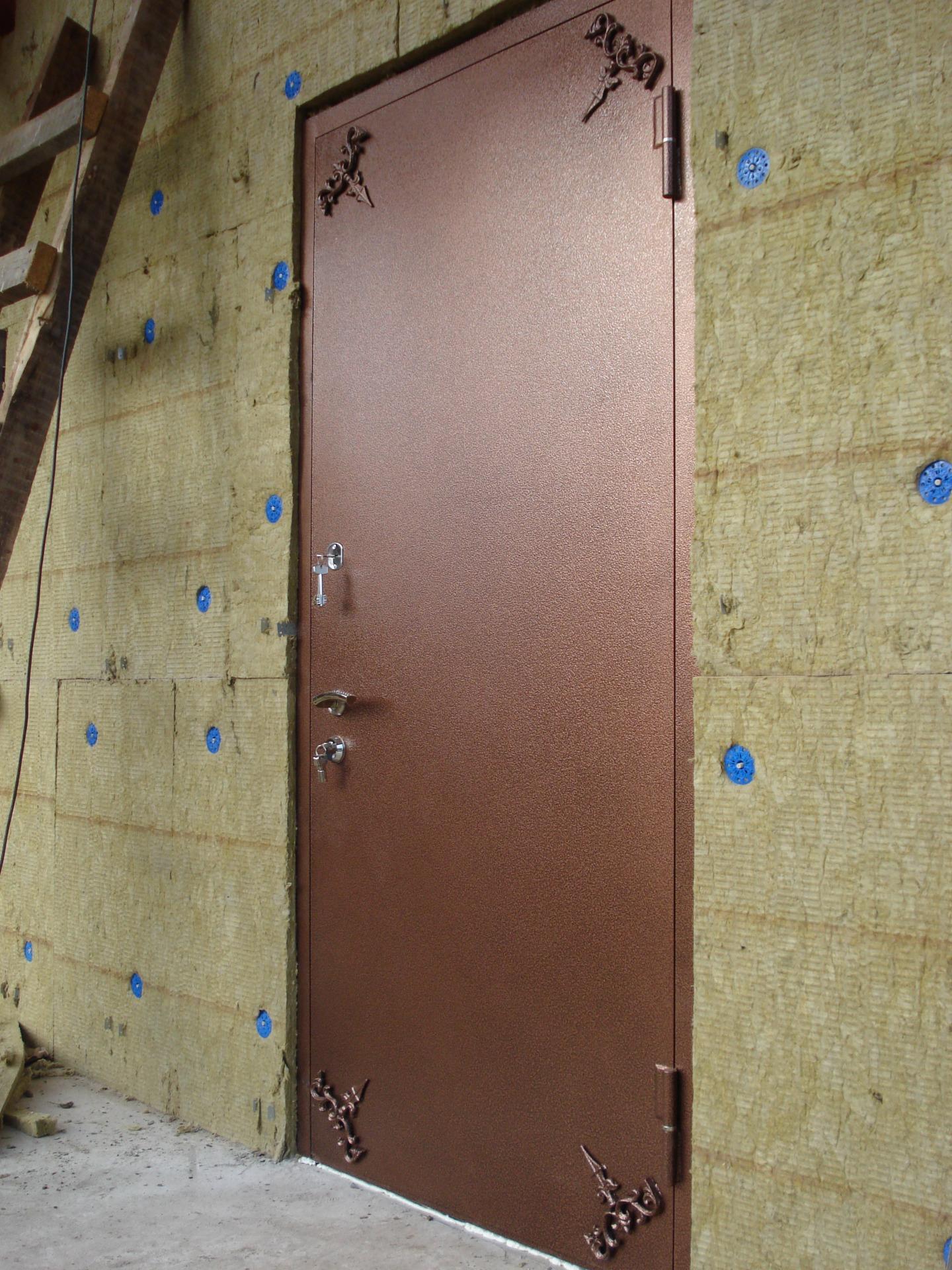 Металлическая входная дверь1